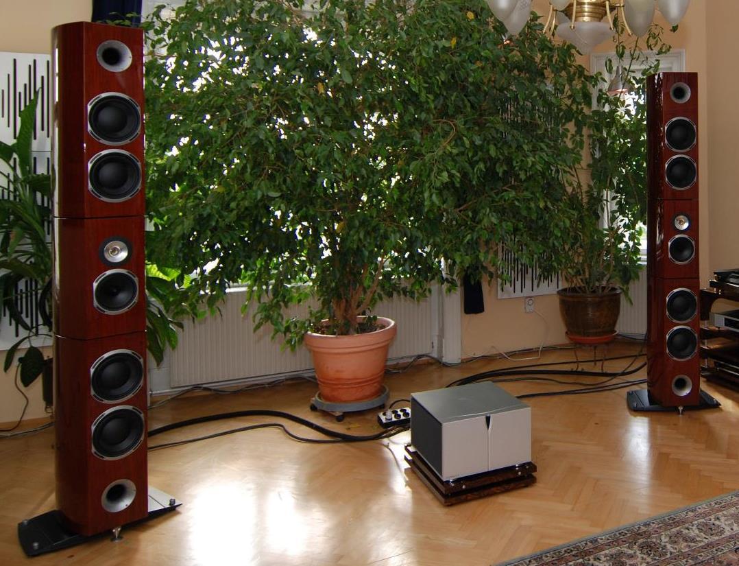 Lautsprecherangebote wie für die Triangle Magellan Grand Concert 2 Standlautsprecher gibt es beim AkustikTune Hifi Fachhandel