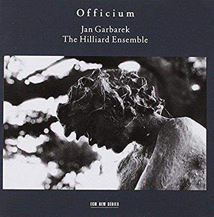 """Jan Garbarek & The Hillard Ensemble """"Officium"""" CD wird vorgeführt und empfohlen vom Hifi Studio AkustikTune"""